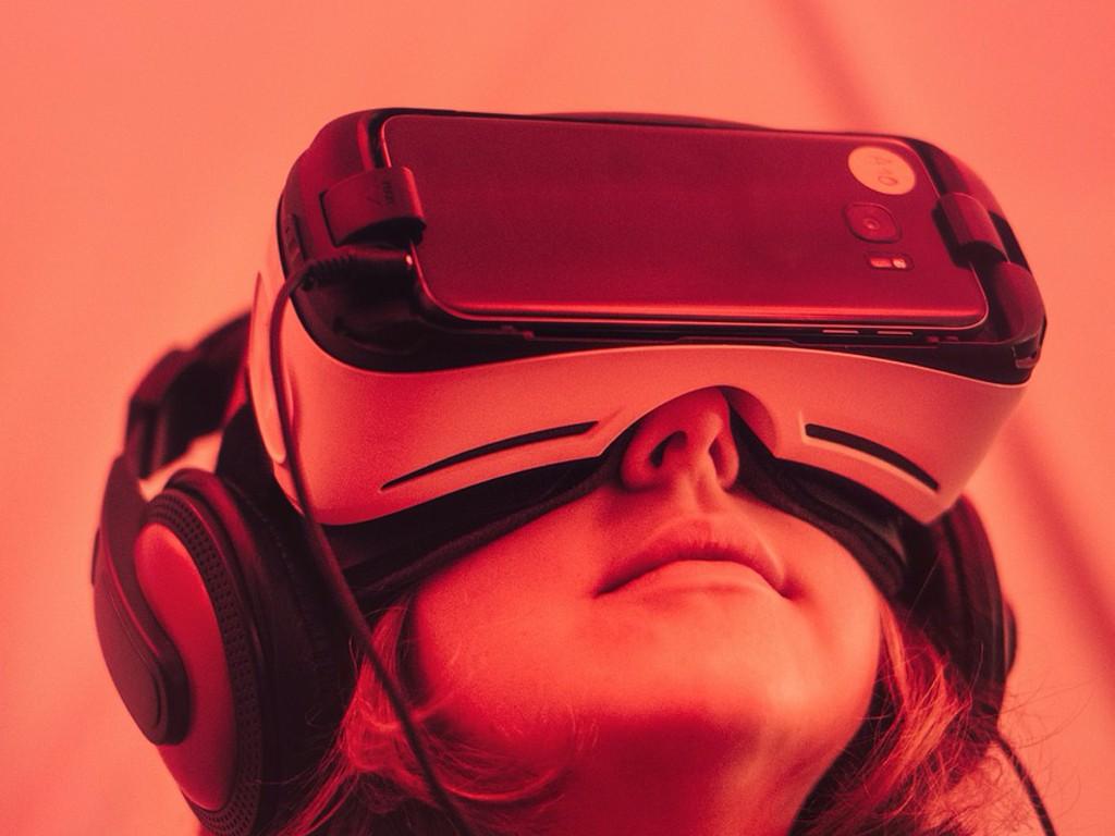 virtual reality  - Home